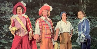 Gig-Young-Robert-Coote-Gene-Kelly-Van-Heflin-Three-Musketeers-1948
